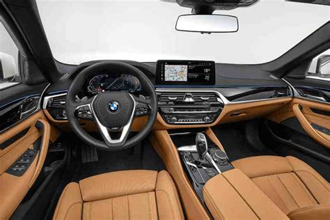 2021 BMW 5 Series Review - Autotrader