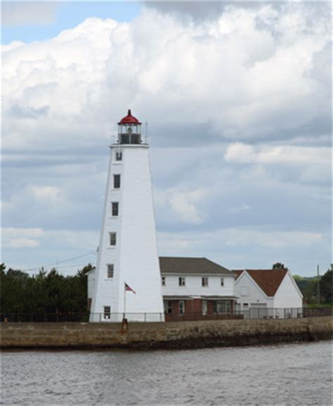 Lynde Point (Saybrook Inner) Lighthouse, Connecticut at